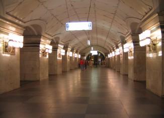Из Кызыла в Курагино весь путь на фотовыставке в метро в городе Москве.
